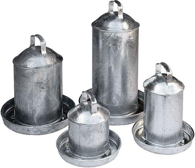 Galvanised Fountain Poultry Drinker 2 Gallon