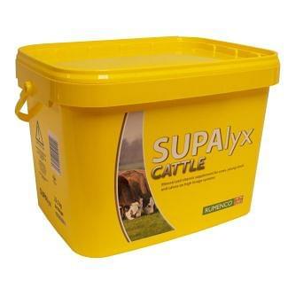 Rumenco SUPAlyx Cattle Mineral Bucket 22.5kg