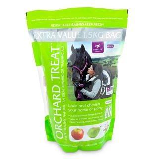 KM Elite Orchard Apple and Pear Treats - Chelford Farm Supplies
